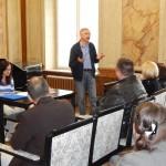 Заступник голови НСПУ Віктор Мельник виступає на семінарі з молодими авторами