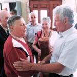 Володимир Рабенчук вітає Петра Зарицького