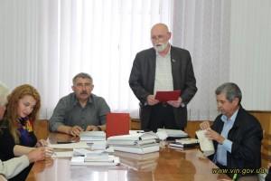 Виступає новообраний голова подільських письменників В. Вітковський